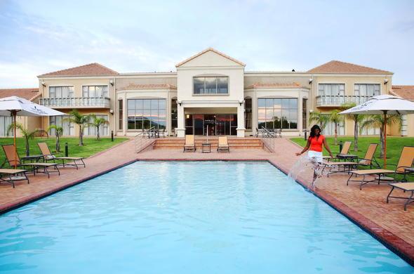 Images Of Garden Court Blackrock Newcastle Hotel In Newcastle Kwazulu Natal
