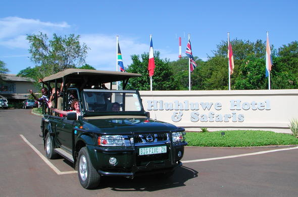 Guests departing on a safari drive.